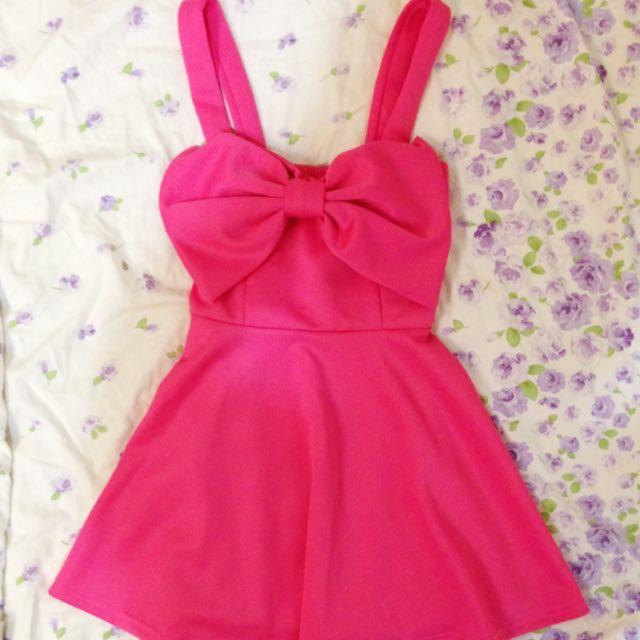 蝴蝶結連衣裙
