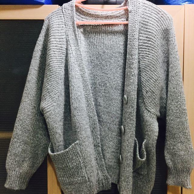 淺灰針織外套
