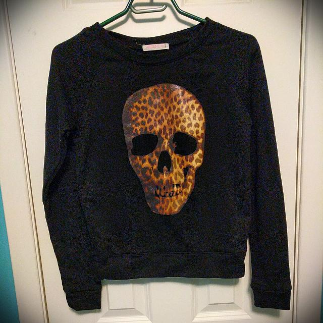 Ardene Skull Sweater