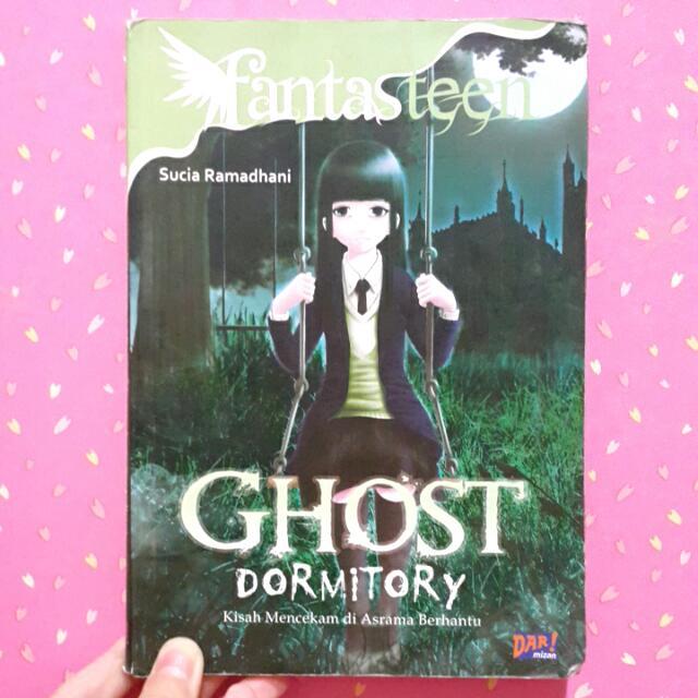 "Buku Cerita ""Ghost Dormitory"" By Sucia Ramadhani"