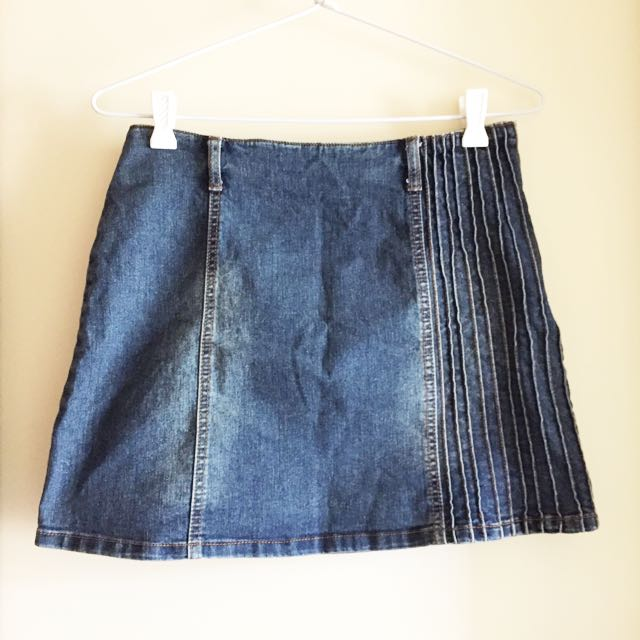 Denim Mini Skirt / S-M