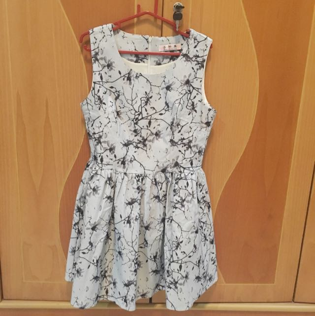 Floral Dress Grey / Party Dress