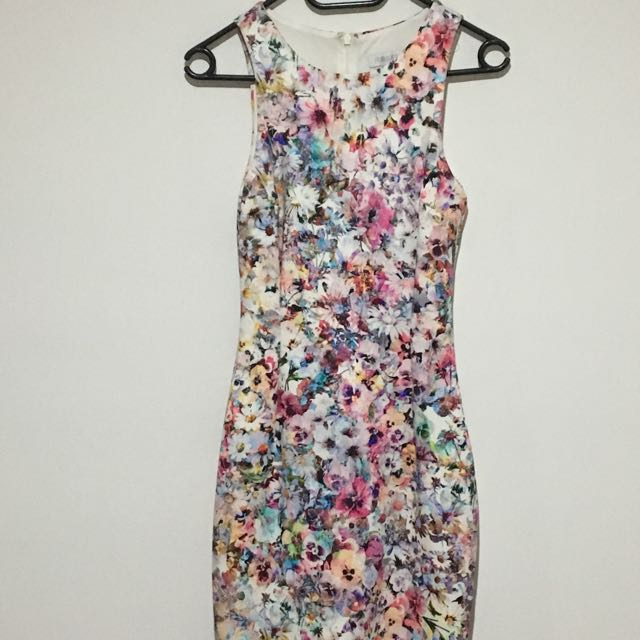 Forever New size 6 Dress