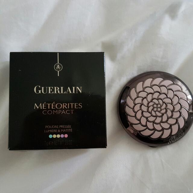 Guerlain Meteorites Compact  Pressed Powder Illuminating & Mattifying   100% Authentic  Excludes postage