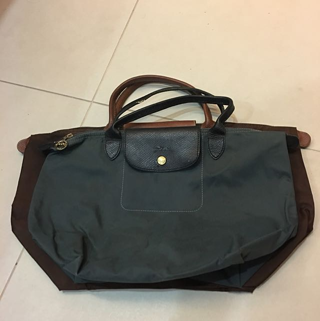 63df235b132 Longchamp Le Pliage Special Size Tote Bag, Luxury, Bags & Wallets on  Carousell