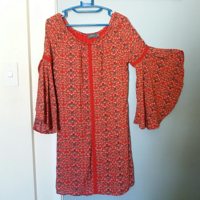 Mirrou Size 8 Bohemian Dress