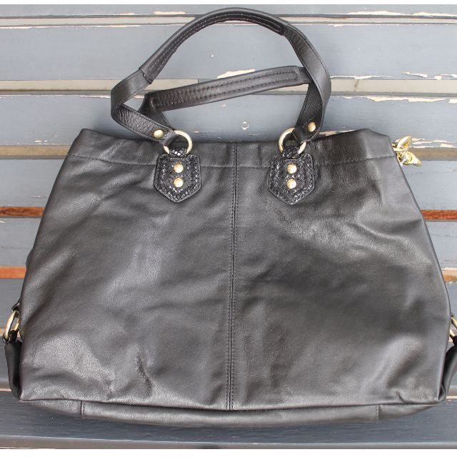 💥PRICE DROP💥 *NEW* Authentic Black Leather Coach Purse with Black Silk Lining
