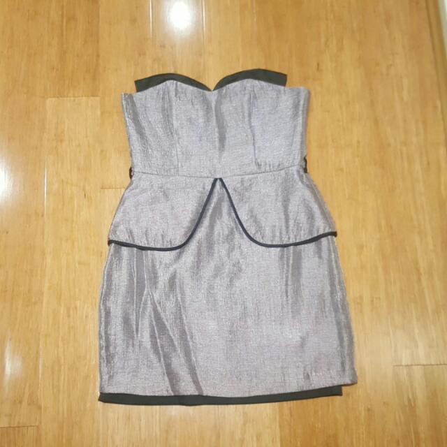 Review Grey Work Dress