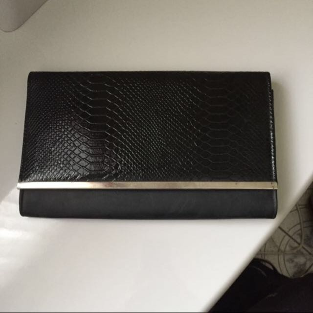 Ruby And Kit Clutch