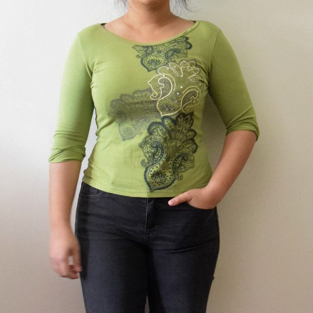 (Free!) Ti:zed Stretchy Green Paisley Pattern Stretchy 3/4 Sleeves Tee