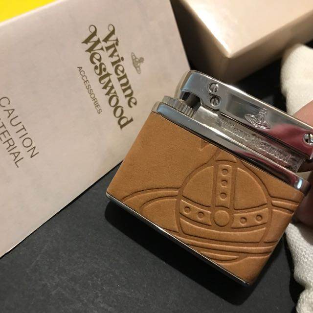 「珍藏•七折」購於日本正品Vivienne Westwood煤氣打火機