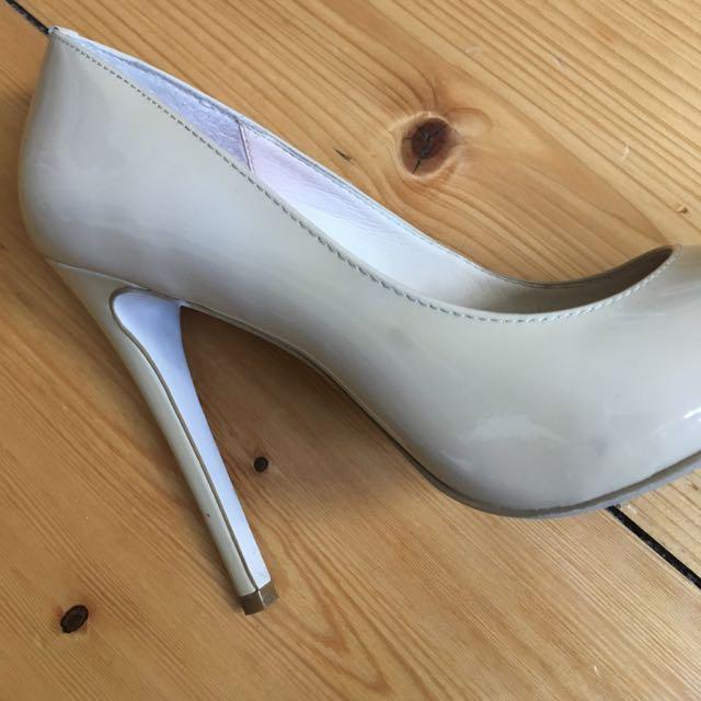 Wittner Nude Heels Size 6 (37)
