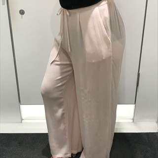 Looking For Baggy Pants Like These...