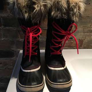 Women's Size 8 Joan Of Arctic Sorel Boot