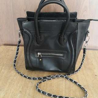 SLING BAG (LEATHER)