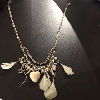 Heart Stone Feathered Necklace