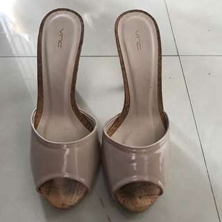 VNC Sandals