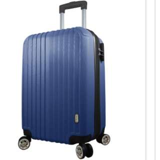 DISEGNO 全新20吋行李箱乙個
