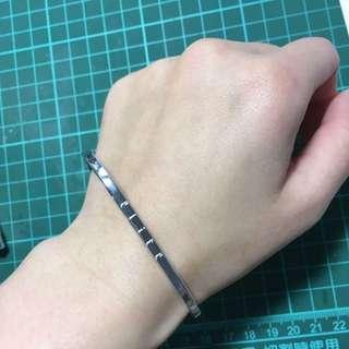 Elite 方型手環