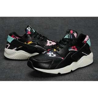 RARE Nike Air Huarache Floral