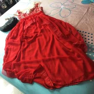 Long Dress Flower Red Brokat