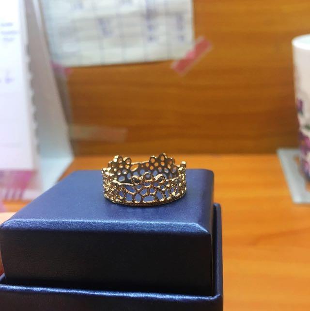 金色皇冠戒指