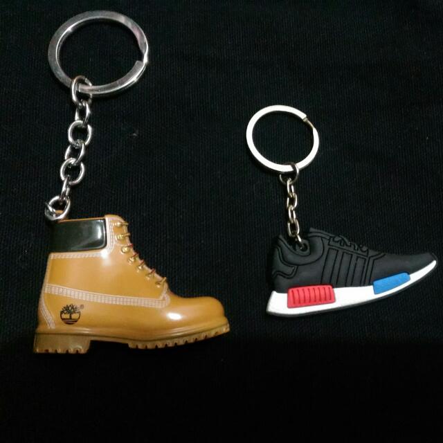 全新Adidas球鞋鑰匙圈(內有Timberland)
