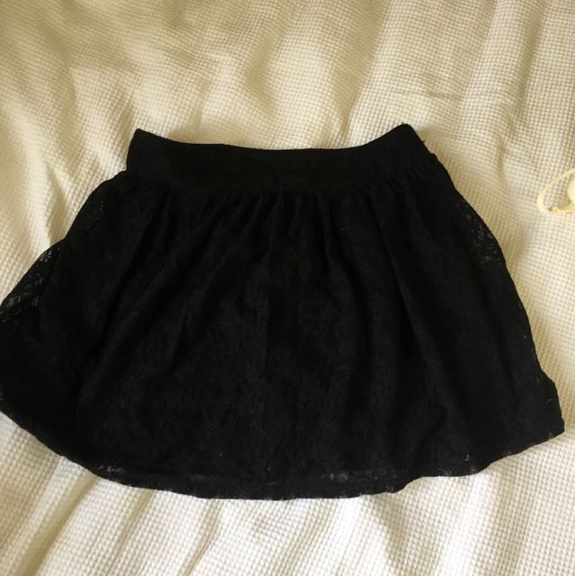 Black Lace Short Skirt