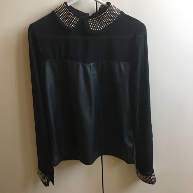 Black Long Sleeves With Mesh And Gold details