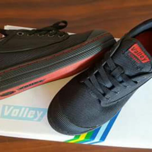 Dunlop Valleys