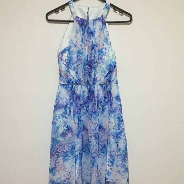 Forever New Floral size 6 Dress