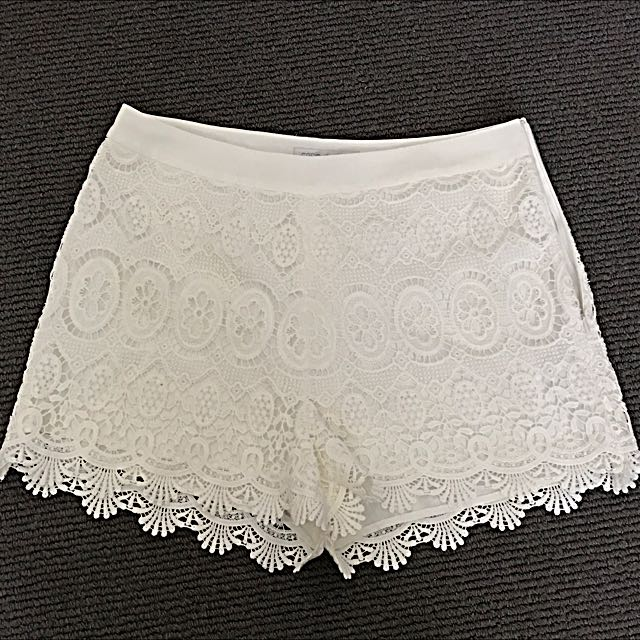 Forever New White Lace Shorts Size 10