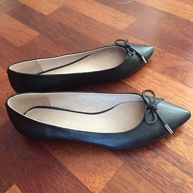 Freelance Leather Ballet Flats