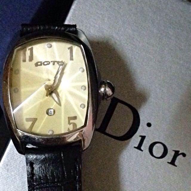 GOTO 黃黑色鑽石切割手錶