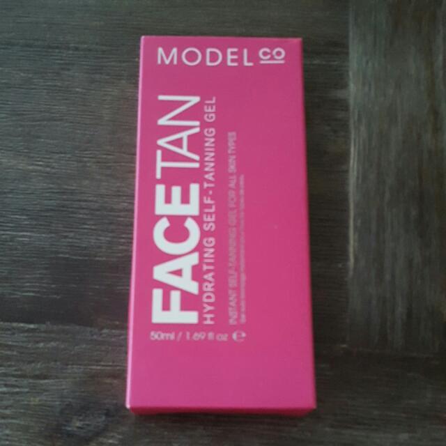 ModelsCo Face Tan
