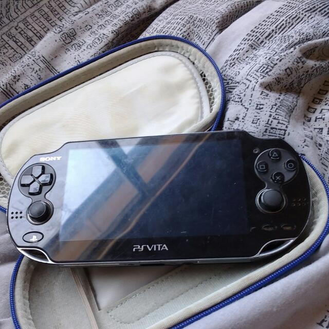 PS Vita *BROKEN*