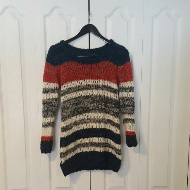 QED London Size Small Multicolour Sweater