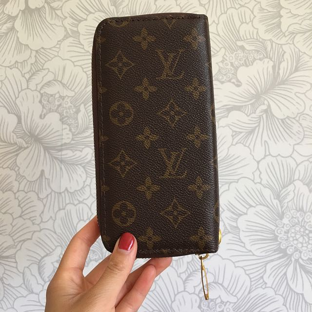 Replica Louis Vuitton Wallet