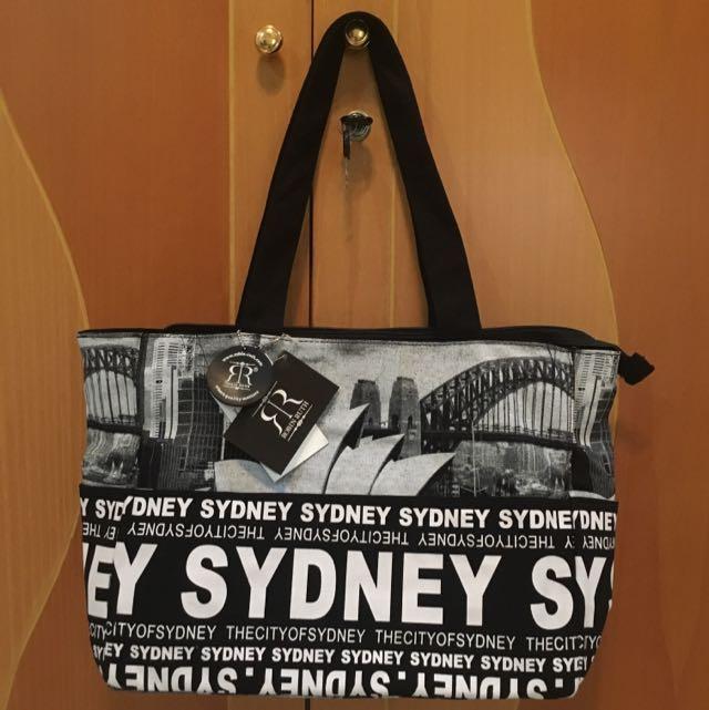 Robin Ruth Sydney Bag