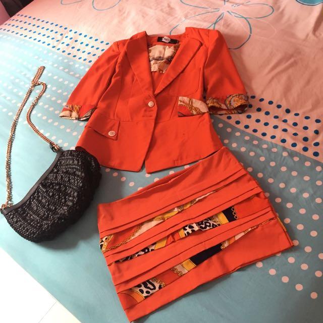 Setelan Orange Blazer + Rok mini