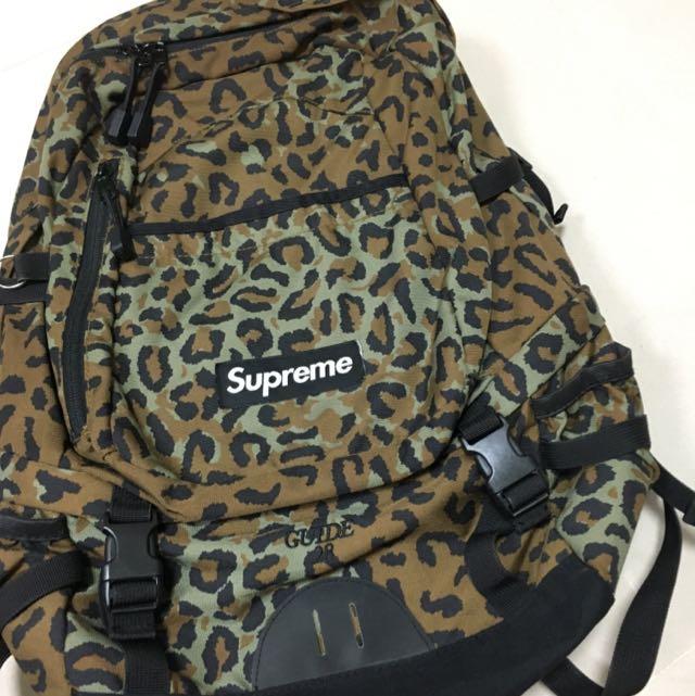 Supreme 28th 豹紋後背包
