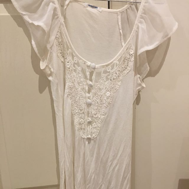 SIZE 6, Ivory Top With Lace Front
