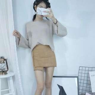 麂皮裙 裙襬不對稱 縫邊