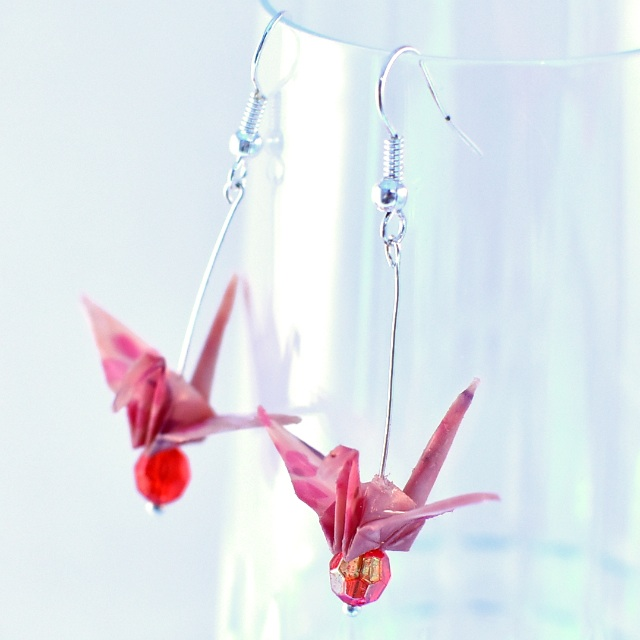 02 Beautiful origami paper crane earrings