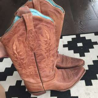 Coral Cowgirl boots