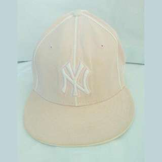 New Era 59Fifty Yankees Original Fits Fitted Cap Light Pink