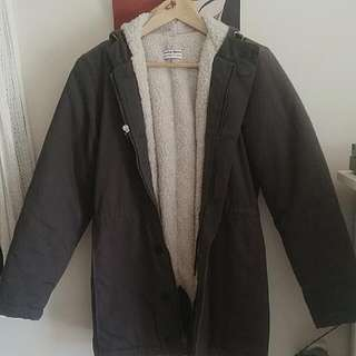 AMERICAN APPAREL FAUX WOOL LINED HOODED COAT. SIZE XXS BUT RUNS LARGE