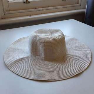 Off White Wide Brim Floppy Hat