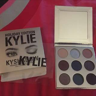 Authentic KYLIE Holiday Palette