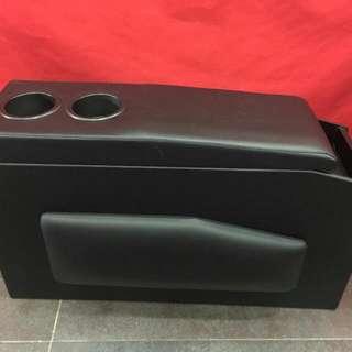 Toyota Estima Console Box